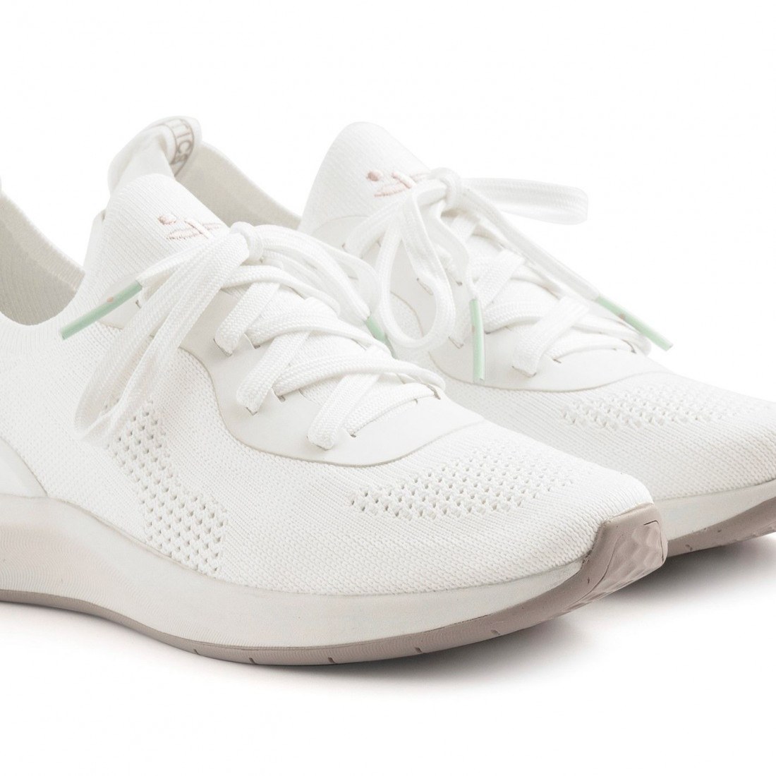 Women's Tamaris Fashletics white sneakers