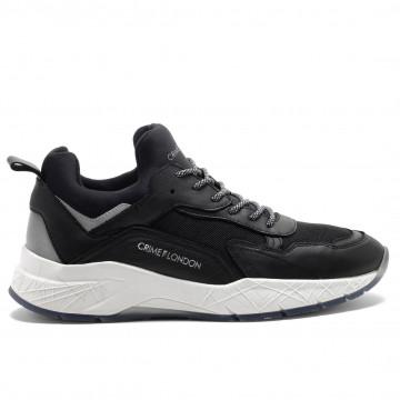 sneakers man crime london 1105320 5025